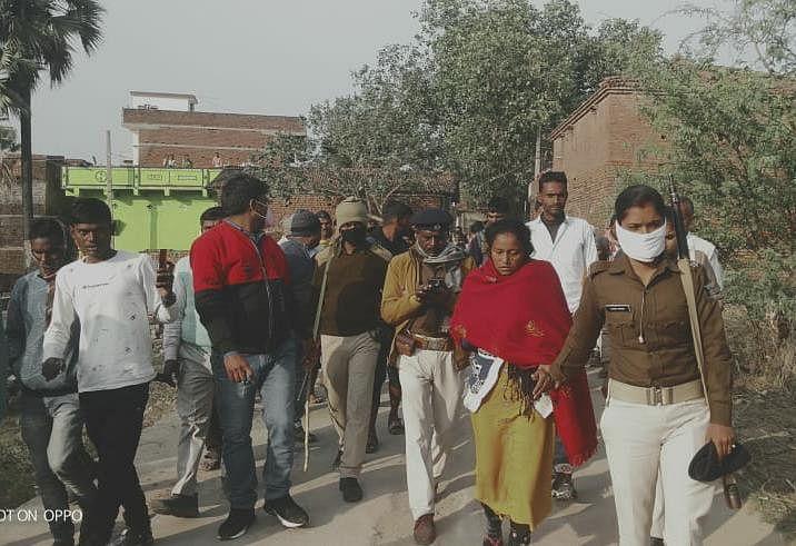 सास की निर्मम हत्याकर बहु ने घर में गाड़ी थी लाश, लाश बरामद, बहू गिरफ्तार