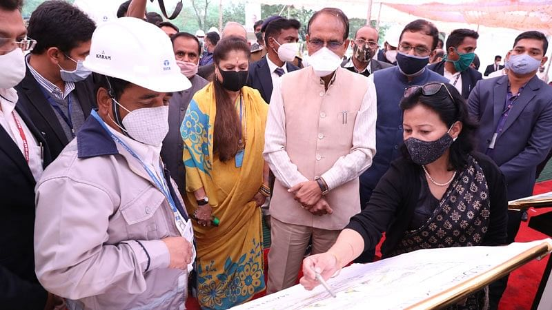 Chief Minister observed activities of construction of Global Skill Park, said- take care of quality