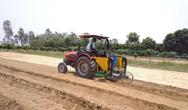IIT Kharagpur made automatic equipment for sugarcane transplanting