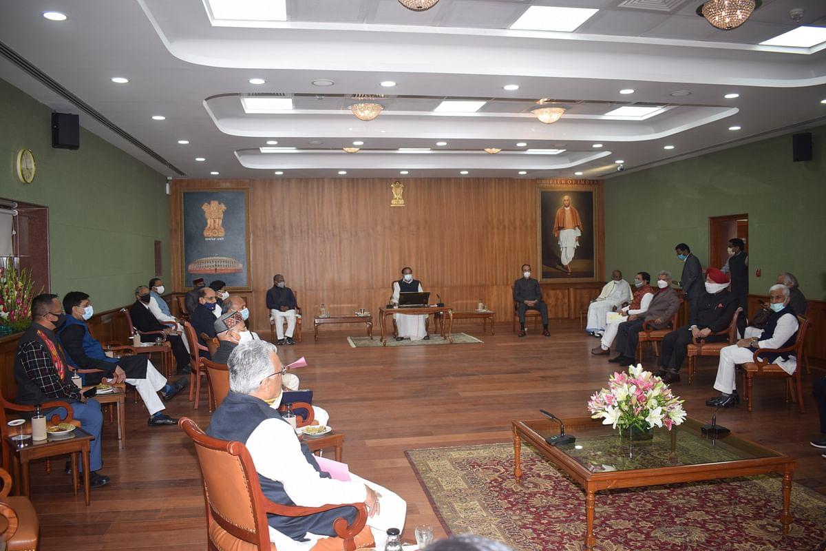 राज्यसभा के सभापति ने कार्यवाही के सुचारू संचालन के लिए पार्टी नेताओं के साथ की बैठक