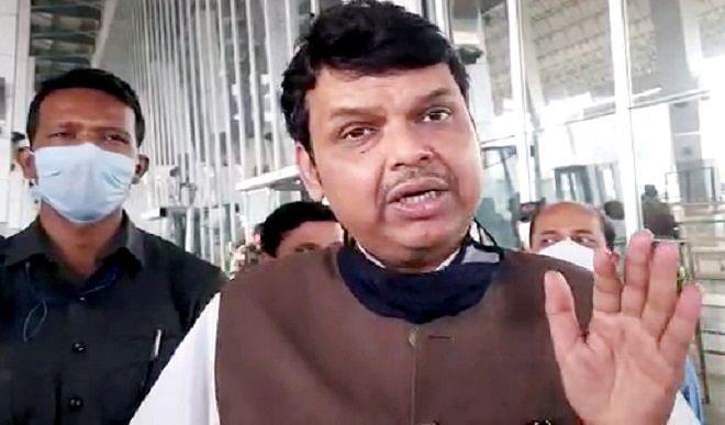 महाराष्ट्र सरकार ने पूर्व मुख्यमंत्री फडणवीस, राज ठाकरे की सुरक्षा घटाई
