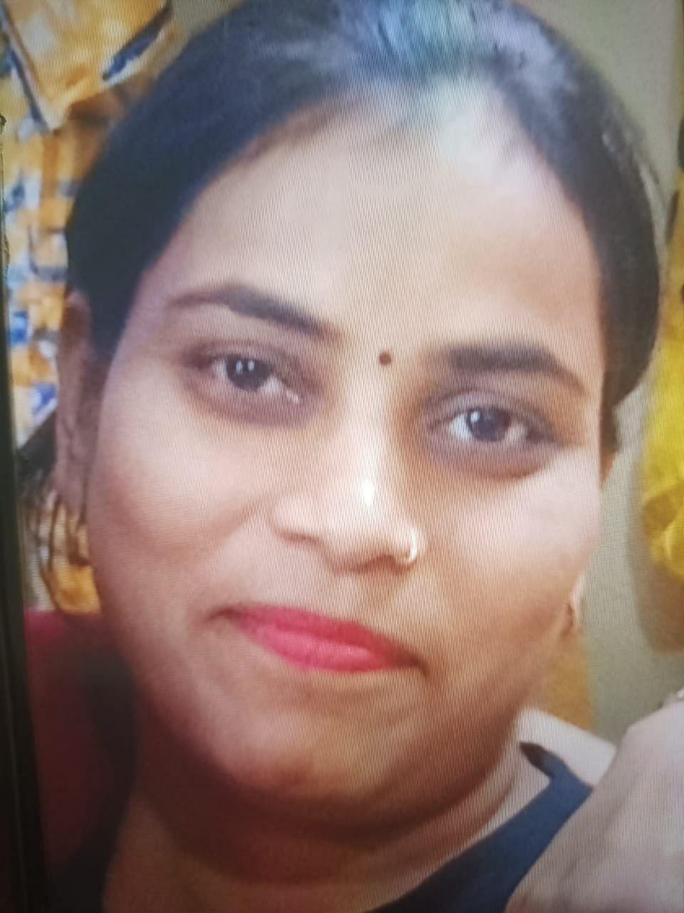 आशू हत्याकांड : फरार हत्यारिन दीपिका हिस्ट्रीशीटर, पिता पुलिसकर्मी