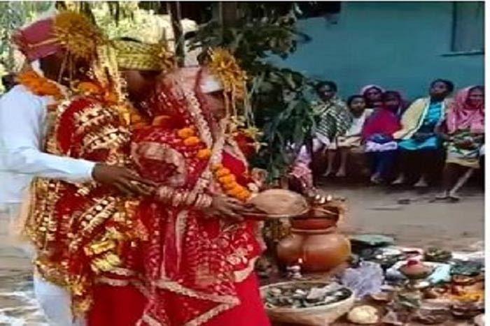 एक लड़के से दो लड़कियों के विवाह का विडियो हुआ वायरल