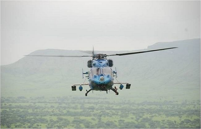 सेना का ध्रुव चॉपर दुर्घटनाग्रस्त, दो पायलट घायल