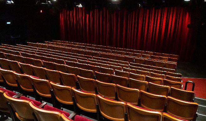 फिर से लौटेगी सिनेमाघरों में बहार, 2021 मे रिलीज के लिए तैयार कई बड़ी फिल्में