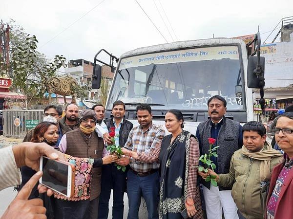 Villagers rejoice at Manauri to Asrawalkhurd city bus operation