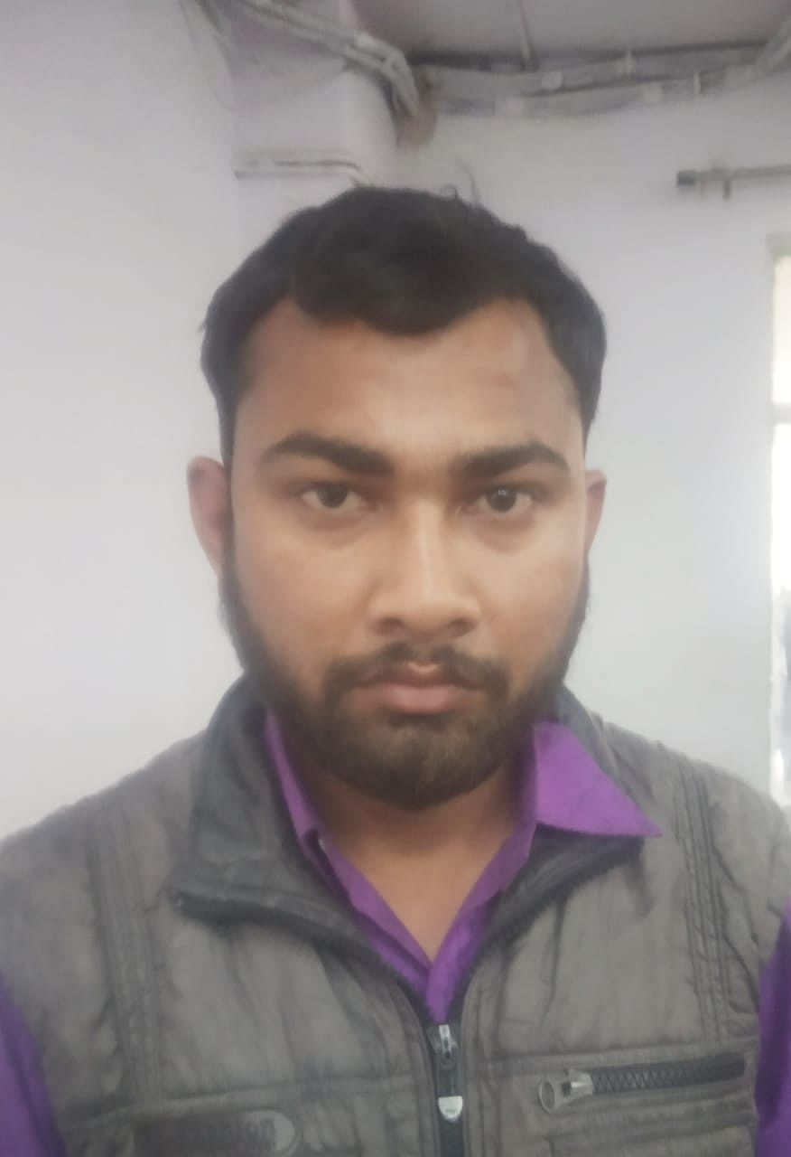 कानपुर : डबल मर्डर में फरार 25 हजार के इनामी आरोपी ने कोर्ट में किया आत्मसमर्पण