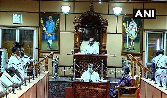 पुडुचेरी-विधानसभा-का-विशेष-सत्र-शुरू-मुख्यमंत्री-नारायणसामी-ने-पेश-किया-विश्वासमत-प्रस्ताव