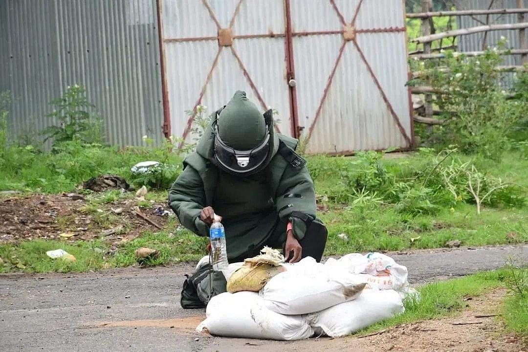 बम निरोधक दस्ते के कर्मियों का होगा बीमा
