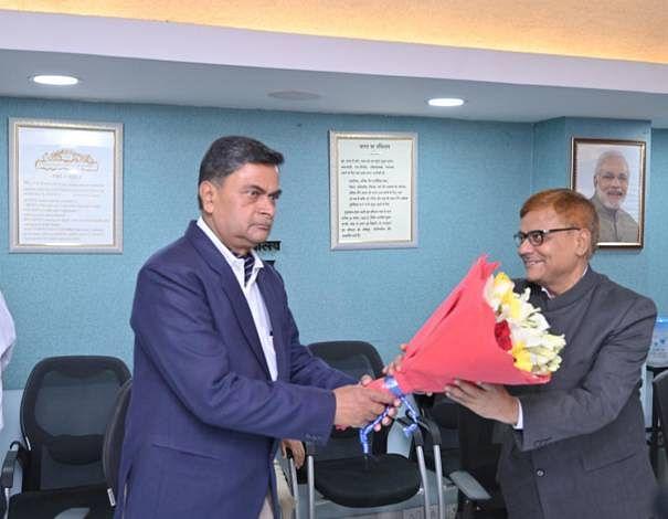 प्रवास सिंह ने सीईआरसी के सदस्य के रूप में शपथ ली