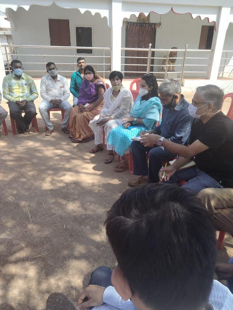 धमतरी : सीख कार्यक्रम का तेलंगाना से पहुंची यूनिसेफ की टीम ने किया अवलोकन