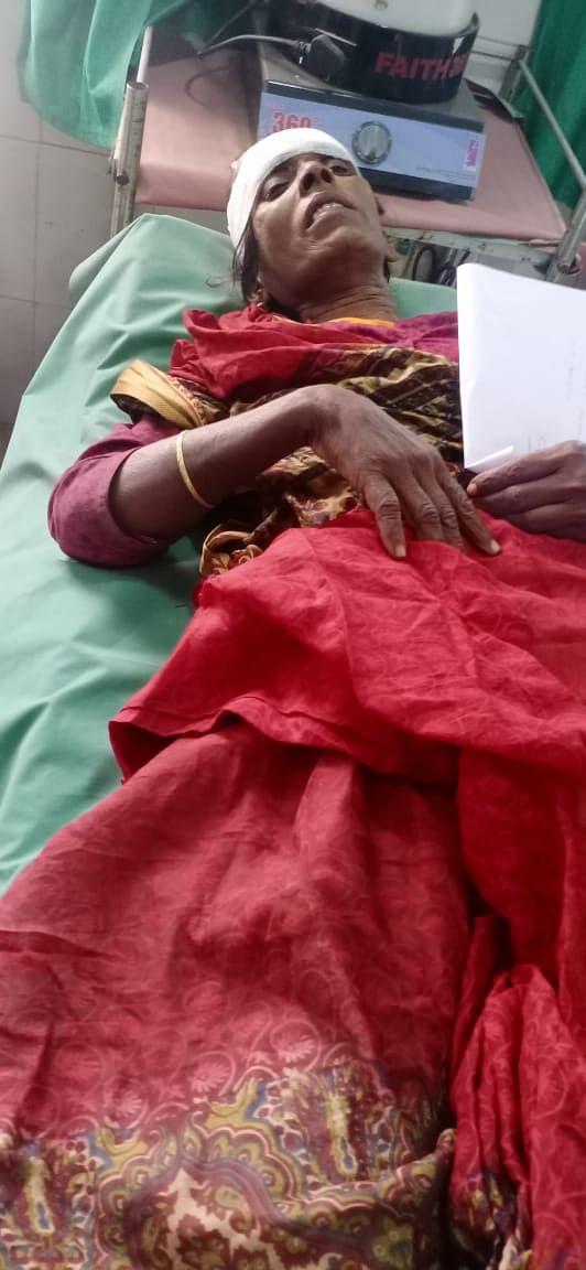 गंगा स्नान के लिए श्रद्धालुओं को लेकर जा रही ऑटो दुर्घटनाग्रस्त, आधा दर्जन यात्री घायल