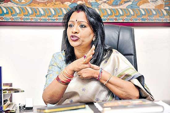 हैदराबाद नगर निगम : महापौर विजयलक्ष्मी और उप महापौर श्रीलता ने किया पदभार ग्रहण