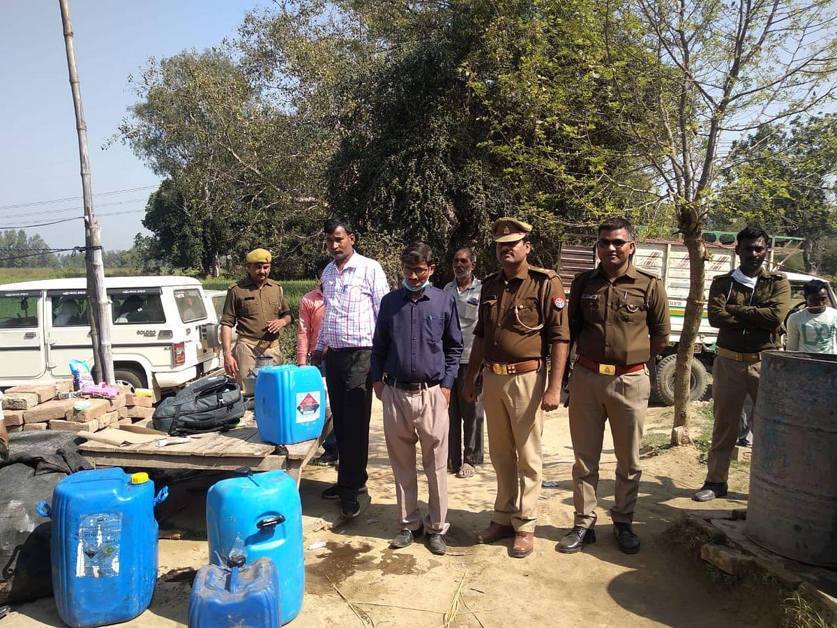 खाद्य विभाग की टीम ने मिलावटी दूध वालों पर की कार्यवाही