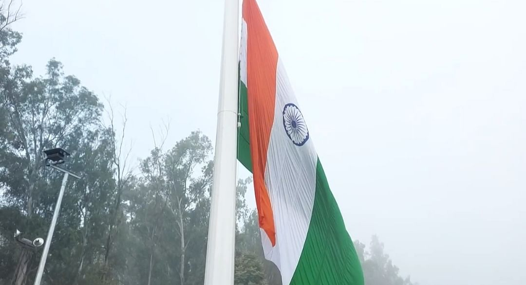 india-hoists-the-tricolor-on-the-international-border-higher-than-the-flag-of-pakistan