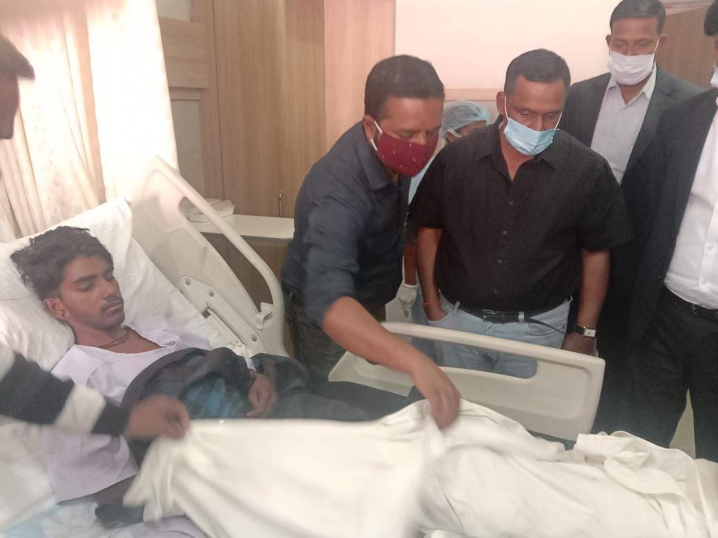मंत्री ने अस्पताल पहुंच कर अशरफ का जाना हाल