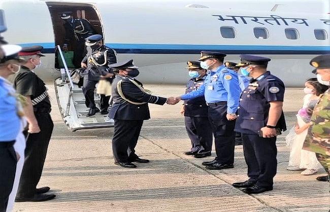 एयर चीफ मार्शल भदौरिया सद्भावना यात्रा पर पहुंचे बांग्लादेश