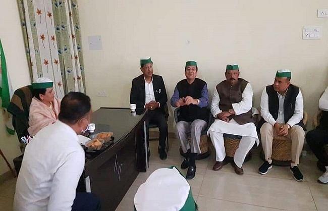 कांग्रेस अध्यक्ष प्रीतम ने किसान आंदोलन का समर्थन किया