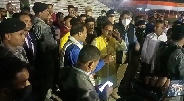 लिंगकार मंदिर पहुंचकर तैयारियों का मंत्री डॉ हिमंत ने लिया जायजा