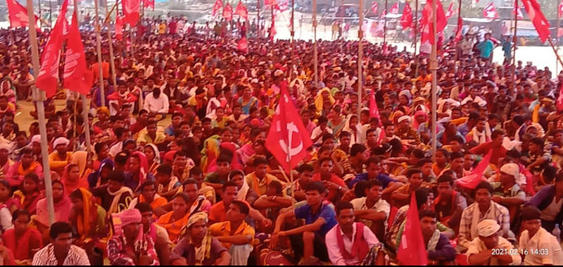 sukma-tribal-mahasabha-and-cpi-submitted-12-point-demand-letter-to-public-meeting