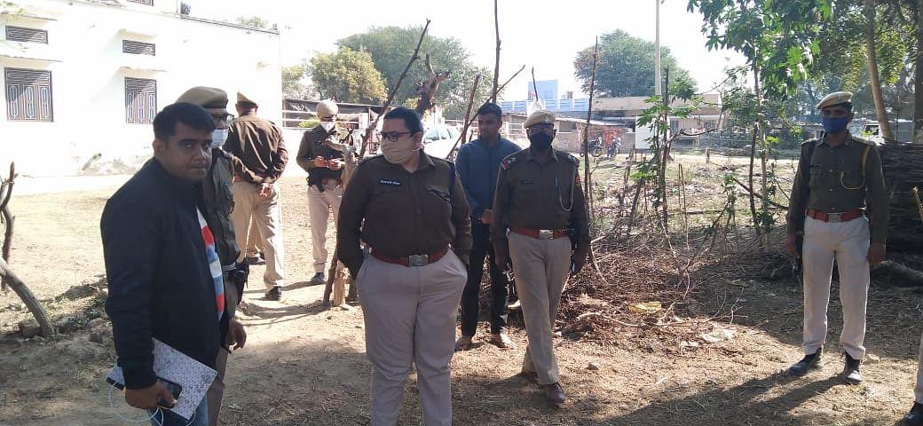युवती से रेप के बाद पीड़ित पक्ष ने आरोपी सहित उसके परिजनों की पिटाई, घायल जयपुर भर्ती