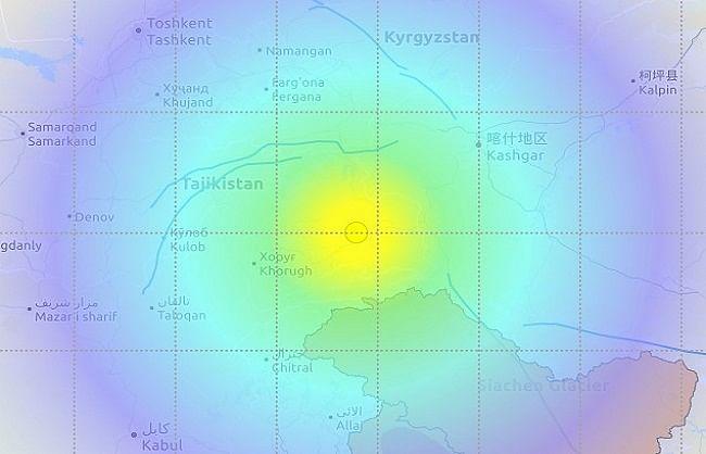 भूकंप के तेज झटकों से कांपा आधा देश