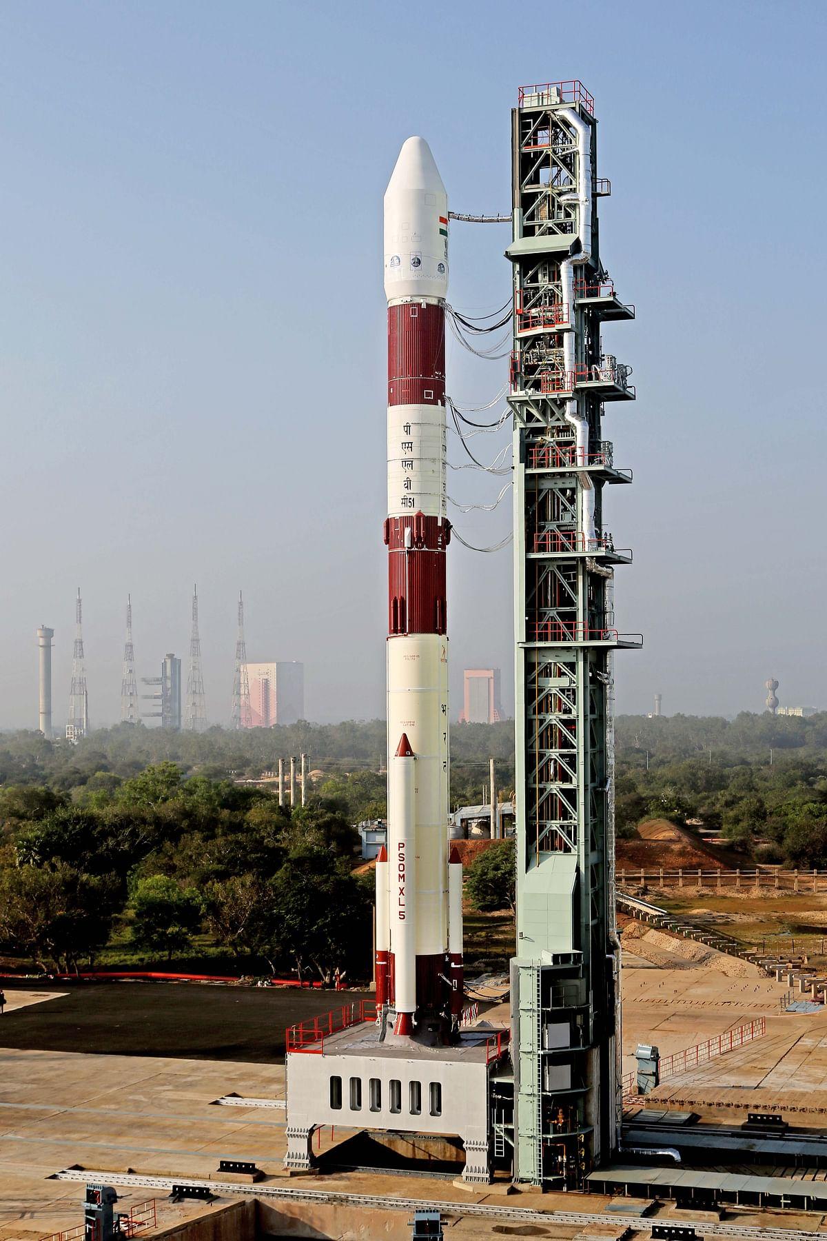 इसरो में पीएसएलवी-सी 51 के प्रक्षेपण की उलटी गिनती शुरू, कल होगा लॉन्च