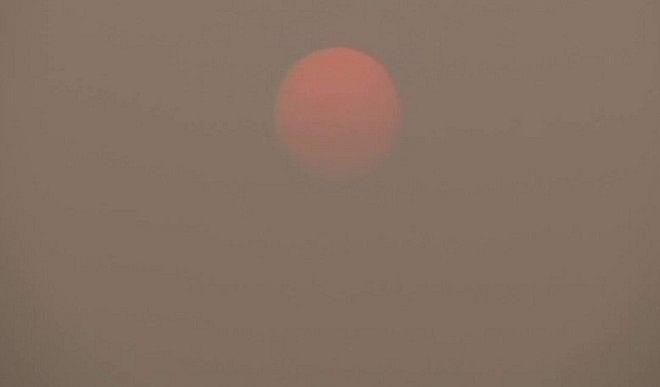 दिल्ली में न्यूनतम तापमान 17.8 डिग्री सेल्सियस दर्ज, वायु गुणवत्ता खराब श्रेणी में
