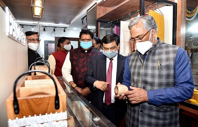 उत्तराखंड के हथकरघा एवं हूस्तशिल्प उत्पादों को बढ़ावा देगी सरकारः मुख्यमंत्री