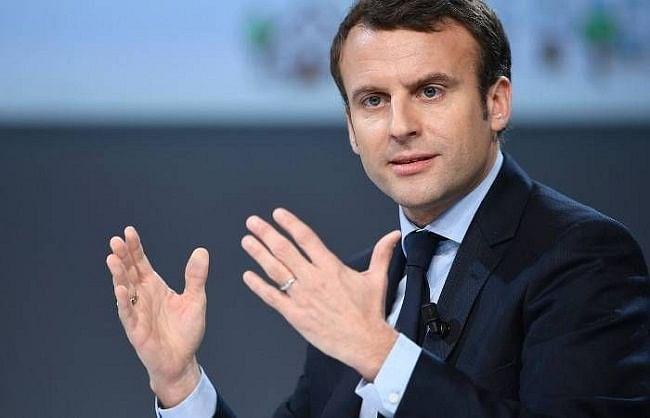 फ्रांस में मस्जिदों और मदरसों पर सख्त होगा सरकार का पहरा