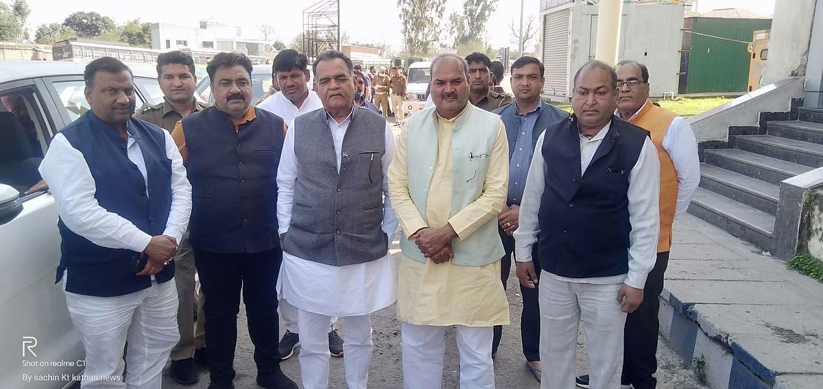 हरियाणा विधानसभा से विधायकों का दल जम्मू कश्मीर के उपराज्यपाल मनोज सिन्हा से मिलने पहुंचा