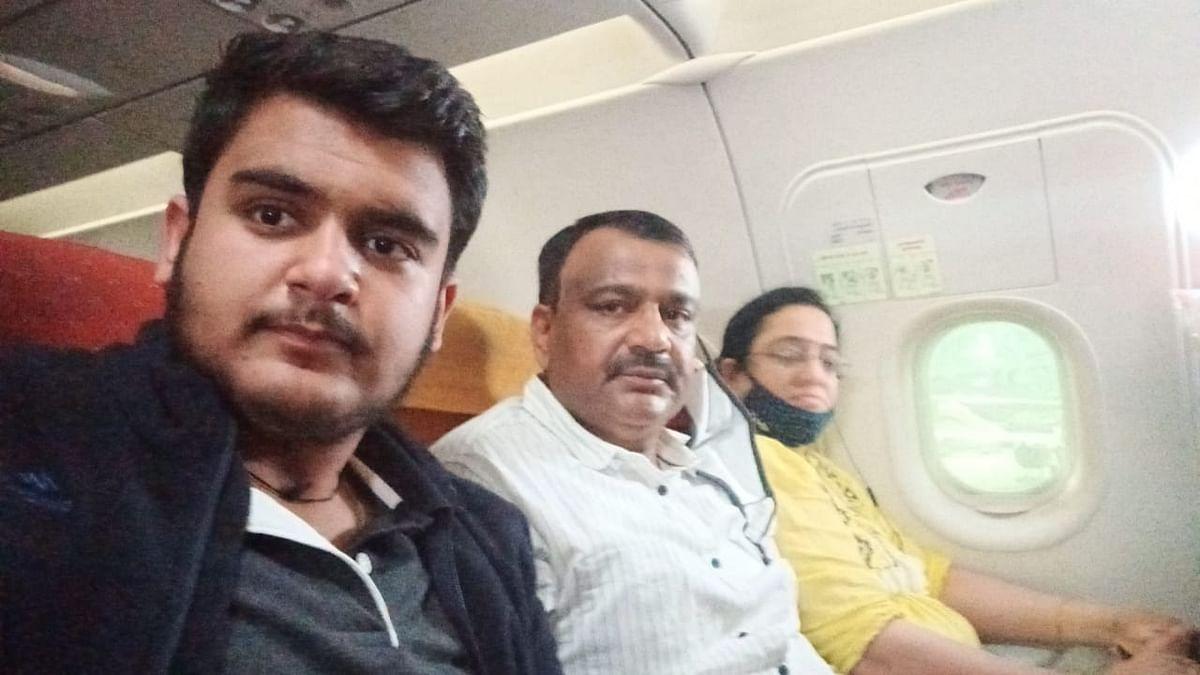 लखनऊ से बेंगलुरु जा रहे एयर इंडिया के यात्री विमान में आई खराबी, सिकंदराबाद एयरपोर्ट पर की गई इमरजेंसी लैंडिंग