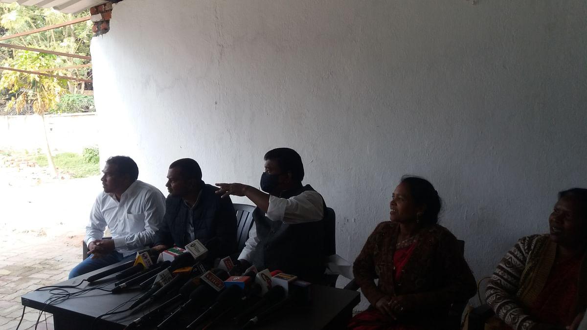 mla-bandhu-tirkey-demands-to-set-up-rehabilitation-and-displacement-commission