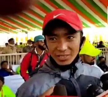 नारायणपुर : अबूझमाड़ हाफ पीस मैराथन में देश-विदेश के 15 हजार धावकों ने लगाई दौड