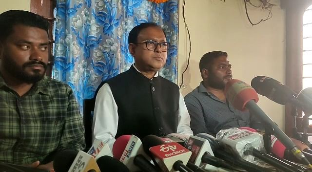 asu-demands-unconditional-withdrawal-of-both-hijacked-officers-from-ulfa-self
