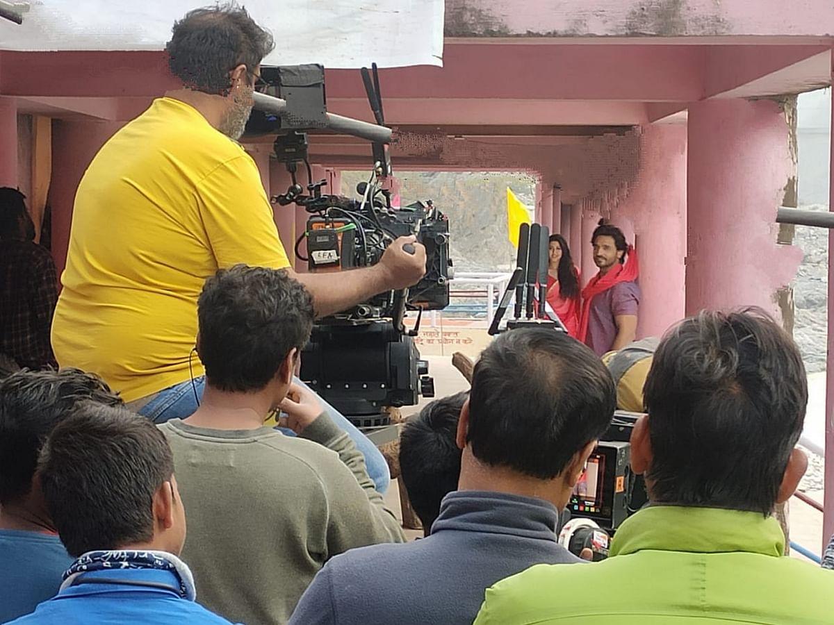 देवप्रयाग में हिंदुत्व फिल्म की शूटिंग