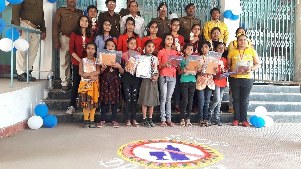 बिहार पुलिस सुरक्षा सप्ताह पर रंगोली व चित्रकला प्रदर्शनी आयोजित