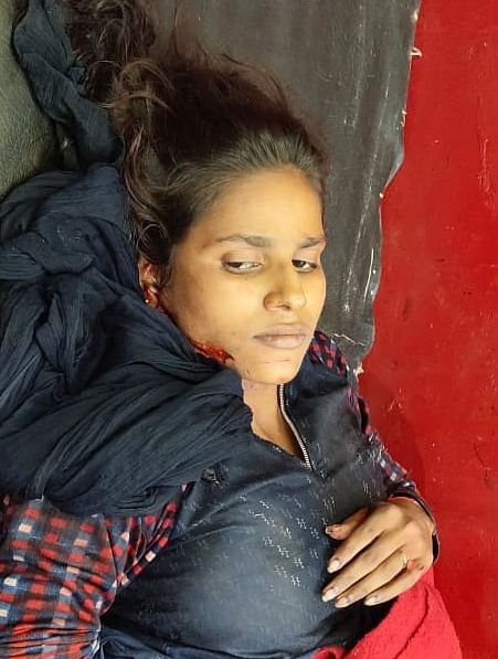 चाकू के हमले से घायल युवती की भी मौत, मंगेतर के खिलाफ मुकदमा दर्ज