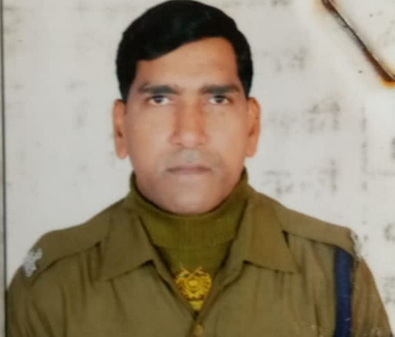 गुमला में सीआरपीएफ जवान ने  गोली  मारकर की आत्महत्या
