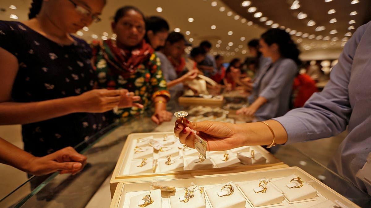 मोदी बजट ने छोटे व मध्यम स्वर्ण व्यापारियों को दी संजीवनी, बाजार में सोने-चांदी की लौटेगी चमक