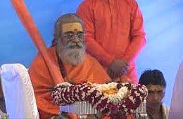 जिसे अपने गुरु और परम्परा का ज्ञान नहीं, वह सन्यासी कैसे : शंकराचार्य वासुदेवानंद सरस्वती