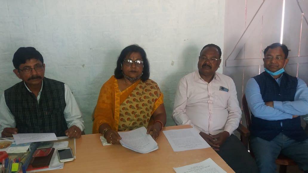 देश के गरीब जनता की गाढ़ी कमाई पर डाका डाल रही है मोदी सरकार : आभा सिन्हा
