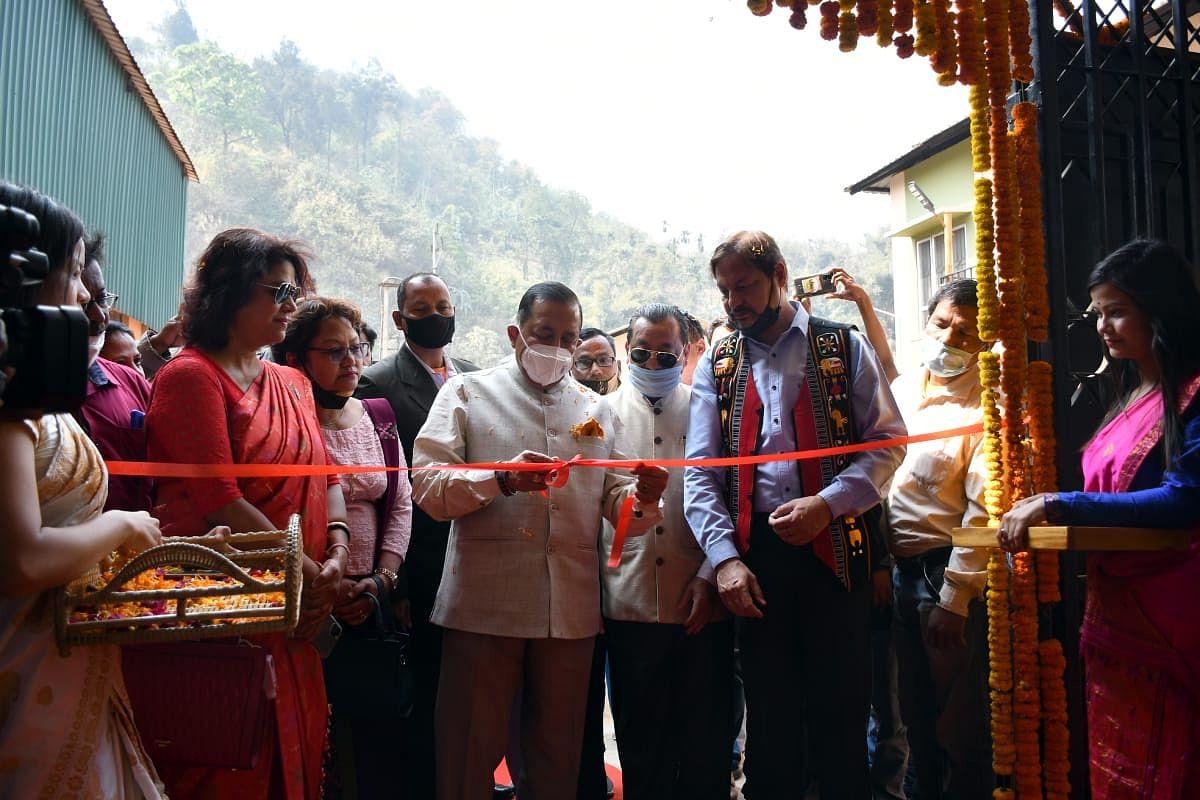 बांस उपचार संयंत्र का केंद्रीय मंत्री डॉ. सिंह ने किया उद्घाटन