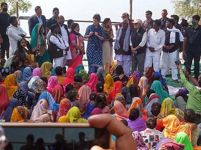 प्रयागराज : निषादों के पट्टे की लड़ाई लड़ेगी कांग्रेस - प्रियंका गांधी