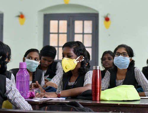 तेलंगाना में छठी से आठवीं कक्षाओं के लिए बजी सरकारी स्कूलों की घंटी