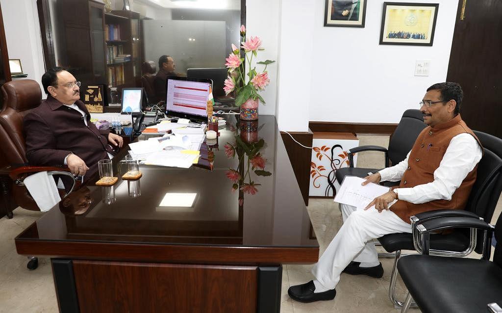 mp-deepak-prakash-met-bjp-national-president