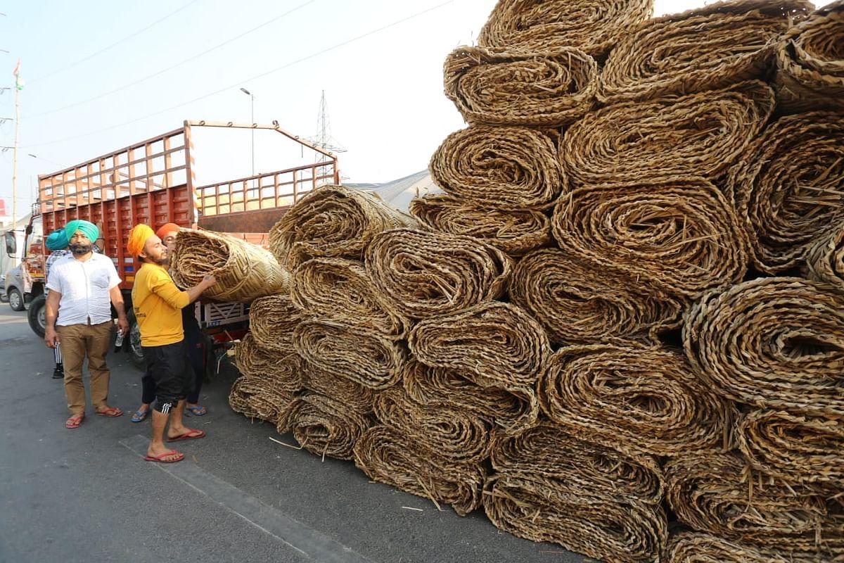 गाजीपुर बॉर्डर पर आंदोलनकारी किसानों की संख्या बढ़ाने के लिए रणनीति तैयार