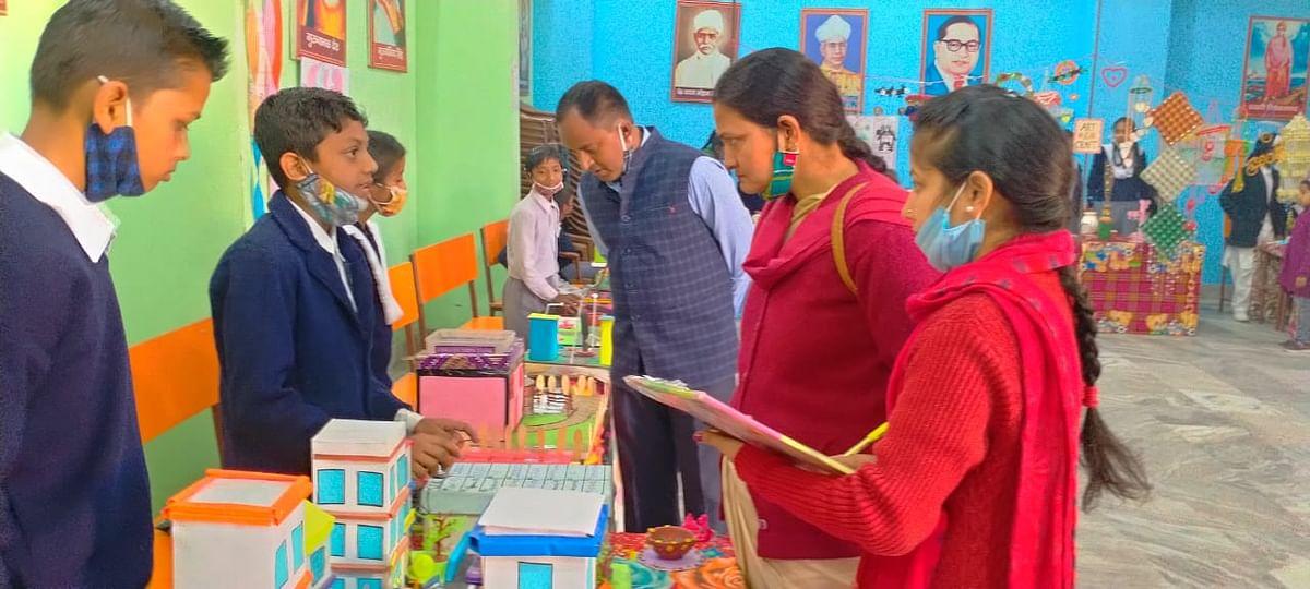 science-amp-craft-exhibition-at-saraswati-shishu-vidya-mandir