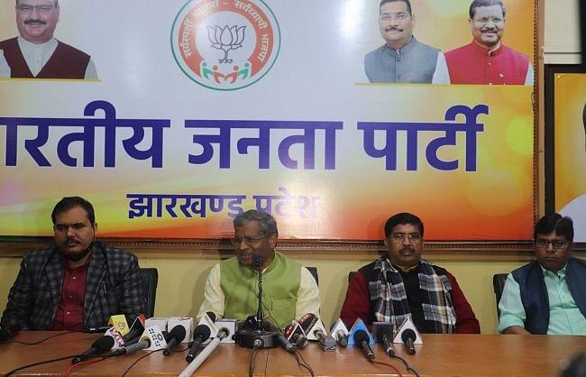 hemant-government-is-taking-anti-jharkhand-decisions-babulal-marandi