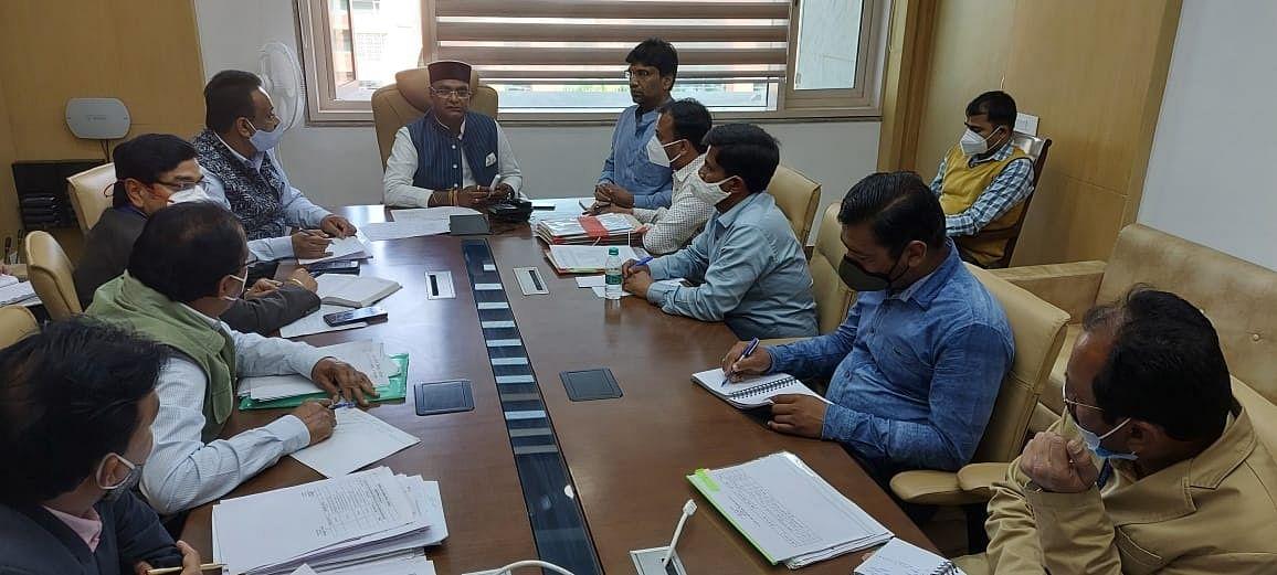 नरेला विधानसभा क्षेत्र के विकास कार्य निरंतर जारी रहें : मंत्री सारंग